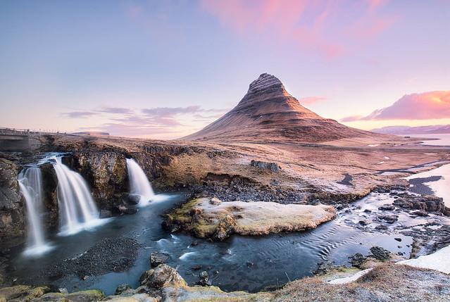 Romance | Kirkjufell in Western Iceland