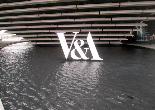 V&A Sign, Dundee