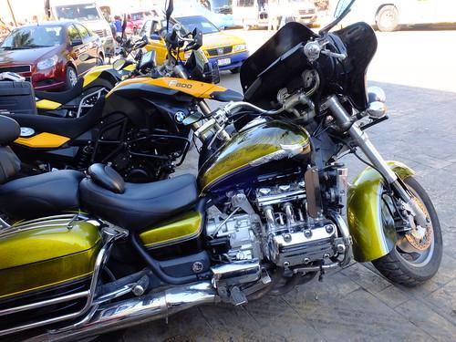 Valladolid - man fährt Honda und BMW
