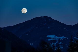 Moon rising | by Photo-Sorko