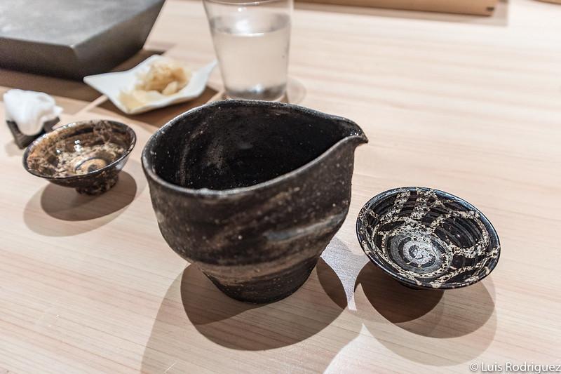 Cuencos y servicio de sake