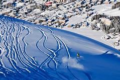 A sníh nikoli uklízeli, ale, jak to říct slušně, …pokreslovali.