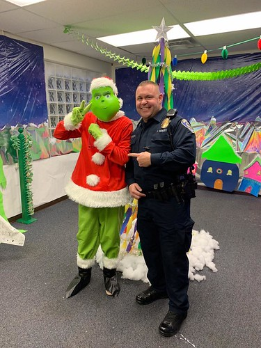 Look who SPD Officer Jereme Howery ran into today!