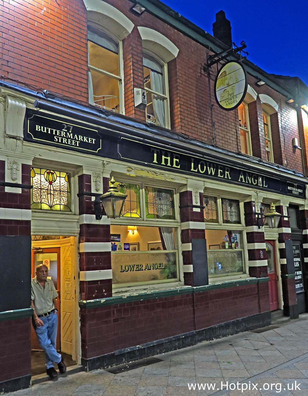 GoTonySmith,HotpixUK,Hotpix,Tony Smith,HousingITguy,365,Project365,2nd 365,HotpixUK365,Tone Smith,Lower Angel,pub,bar,The Lower Angel,Warrington,Cheshire,England,UK