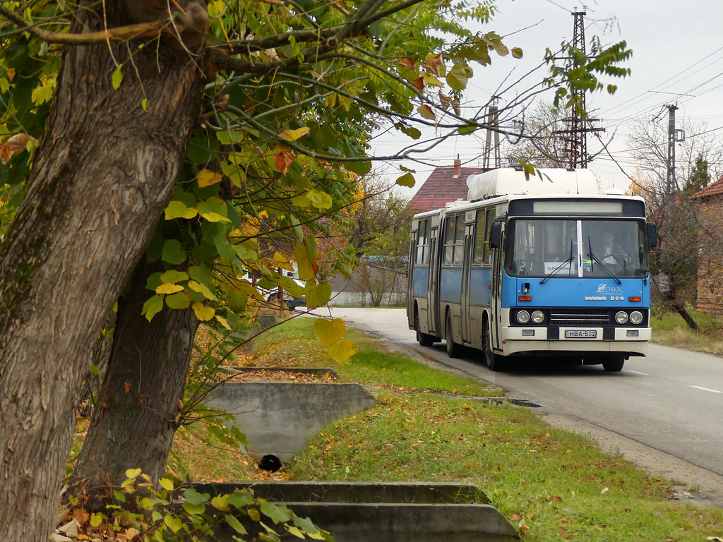 Ikarus 280 52G #HBA-532 | On the route between Budapest and … | Flickr