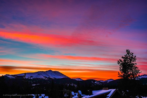 breckenridge mountains snow sunrise clouds orange blue sonyalpha sonya7iii sky colorado breckenridgecolorado