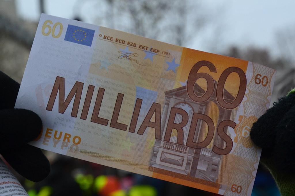 60 milliards = Montant évasion fiscale en France