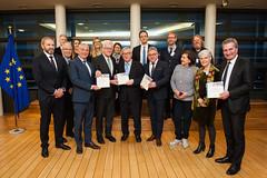 Europa-Leitbild an EU-Kommissionspräsident Juncker übergeben