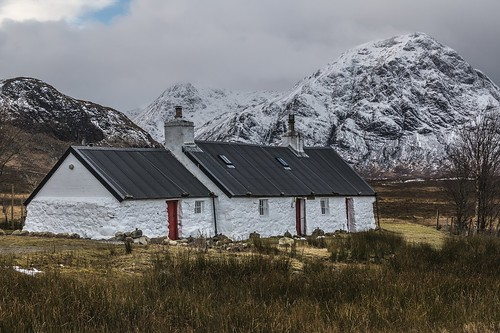 Blackrock Cottage with Buachaille Etive Mor