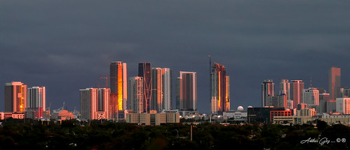 downtownmiami sunset colors city cityscapes cloudy architecture lateafternoon urban outdoors building