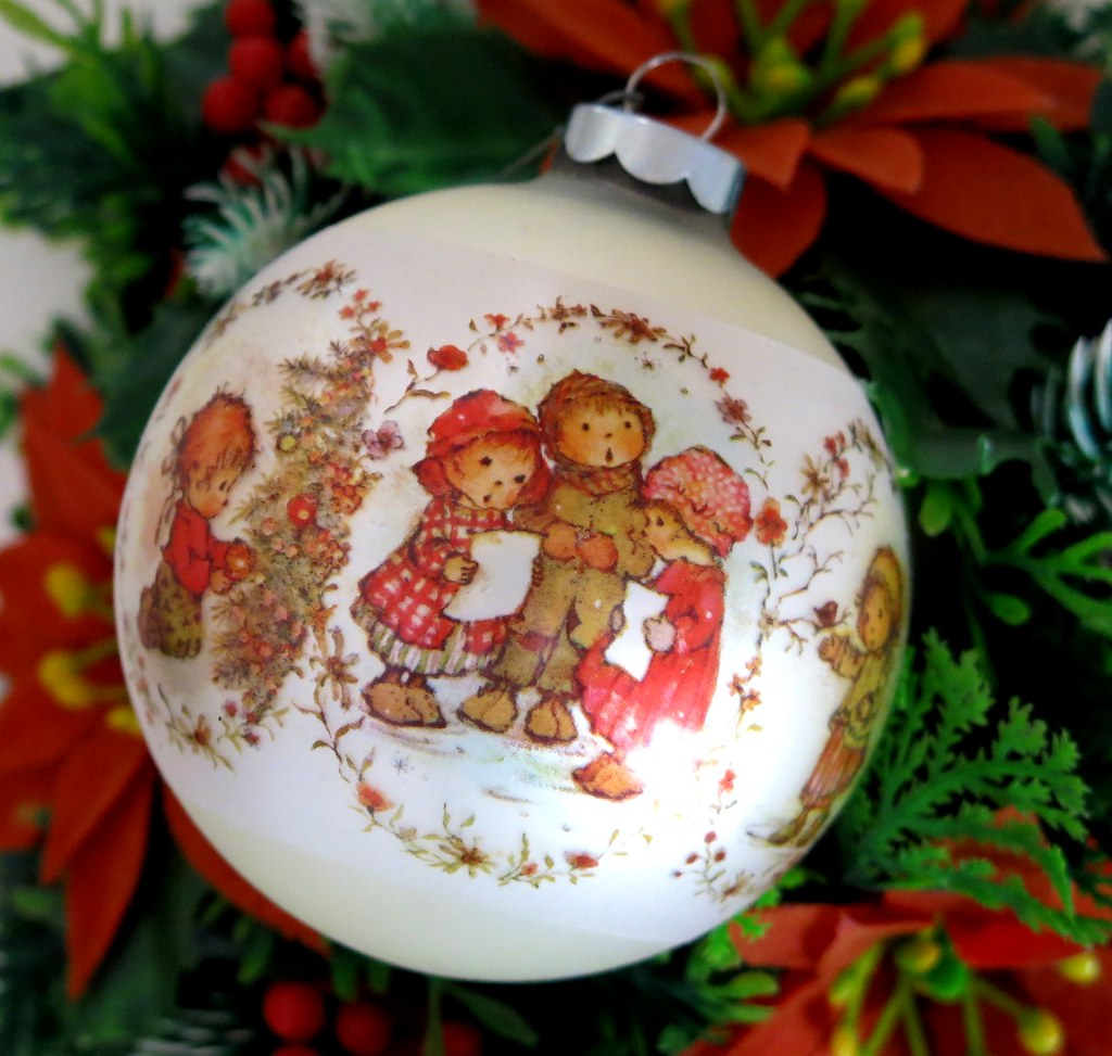 Hamilton Christmas Ornament.Vintage Hallmark Christmas Ornament Mary Hamilton 1974