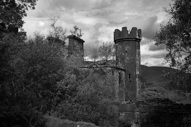 castle_ruins_L2014073