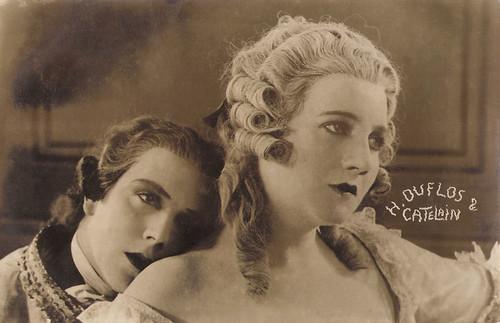 Huguette Duflos and Jaque Catelain in Die Rosenkavalier