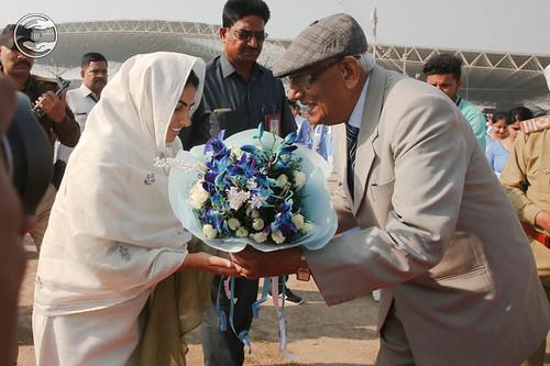 VD Nagpal, Member Incharge Sewadal welcomes Satguru Mata Ji