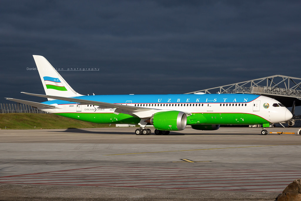 Uzbekistan Government Boeing B787-8 (BBJ) UK-001 Flickr-001