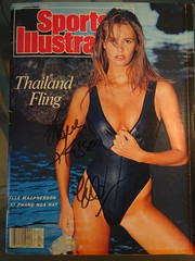 Elle Macpherson - Signed 1988 Sports Illustrated Swimsuit Issue