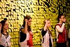 """Foto SAO PAULO, 24 abril 2008. Ensaio aberto do espetaculo teatral Cachorro Morto, no Teatro Fabrica. Inspirado no premiado romance ingles """"The Curious Incident of the Dog in the Night-time"""", a peça . tem como protagonista um jovem portador da Síndrome de Asperger, uma forma de autismo. . Direção e Dramaturgia: Leonardo Moreira. Elenco: Aline Filócomo, Bruno Freire, Luciana Paez, Maria Amélia Farah, Thiago Amaral."""