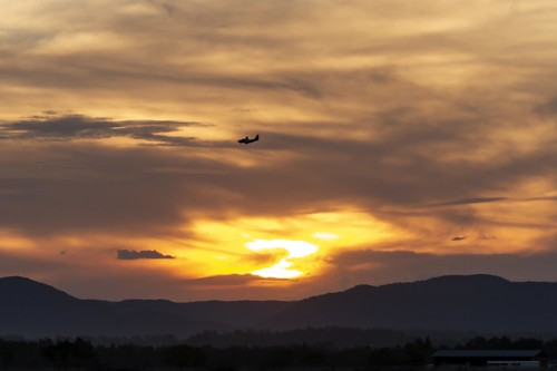richmond sunset aircraft lowlands mountains landing clouds 7d 2470 outdoor outside