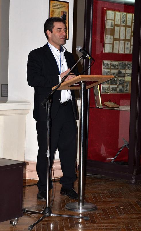 """Доповідь Манучегра Моштага Хорасані: """"Інтерпретація технік стрільби із луку у перських літописах: практичне використання""""."""