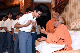 Std-10-11-12-visit-to-Haridham-for-Swamishree's-Blessings-(78) | by Atmiya Vidya Mandir