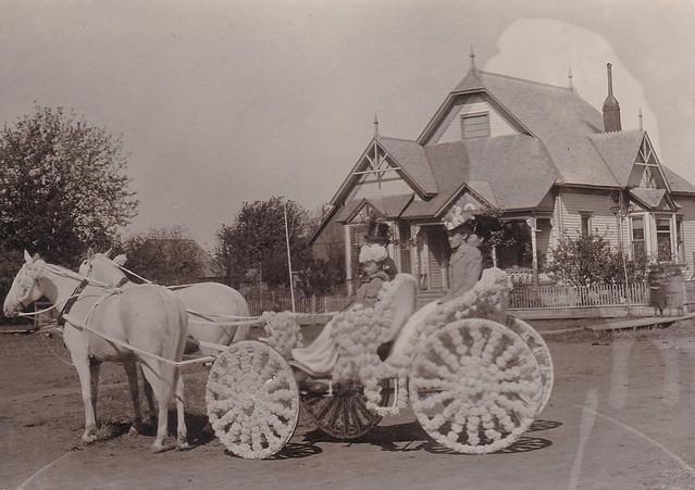 SCN_0179 Pleasantville Jubilee Sept 1899 23-29 Mr AE Stevens Grace Longfellow Nellie Stevens Auld Mrs AE Stevens