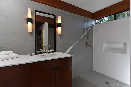 Guest Home Bath   by HernholmGroup