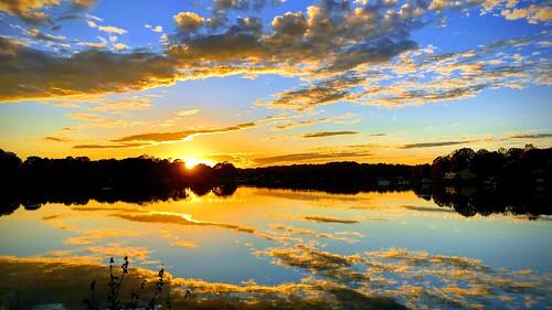 mcleanharper mtnmac lkn sunset glass