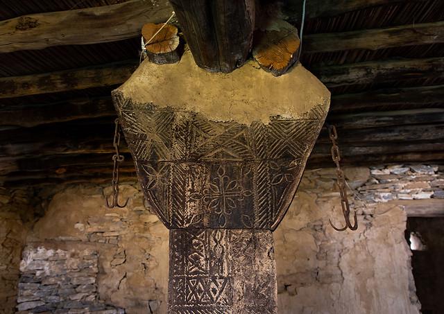 Wooden pillar in an old of of Dhee Ayn marble village, Al-Bahah region, Al Mukhwah, Saudi Arabia