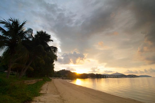 sunset sundown coast beach sky cloud seascape shoreline lumut perak malaysia travel place trip canon eos700d canoneos700d canonlens 10mm18mm wideangle
