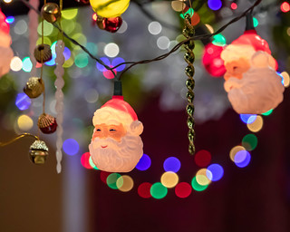 Holiday Market Bokeh | by dsgetch