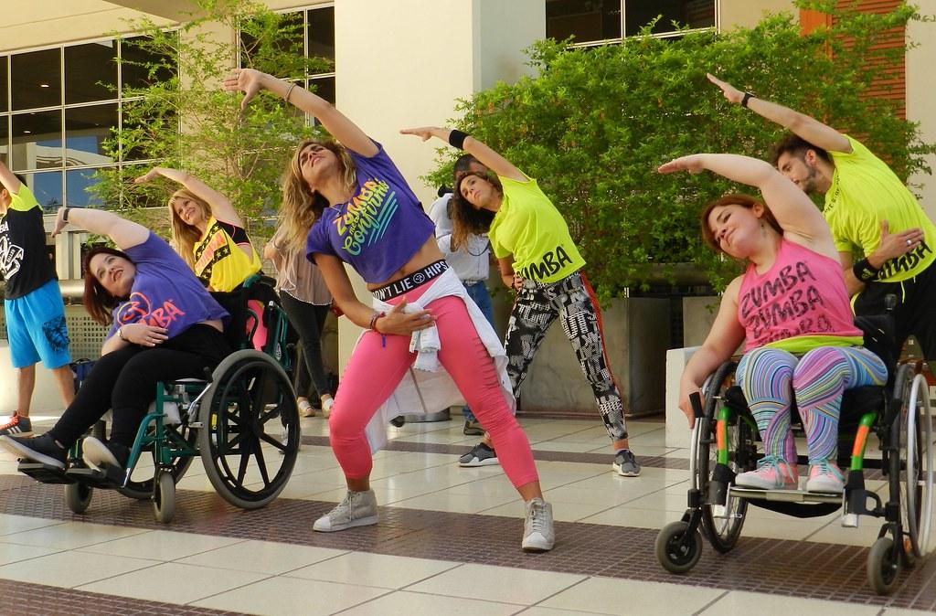 2018-12-03 SALUD: Zumba por el Día de la Discapacidad