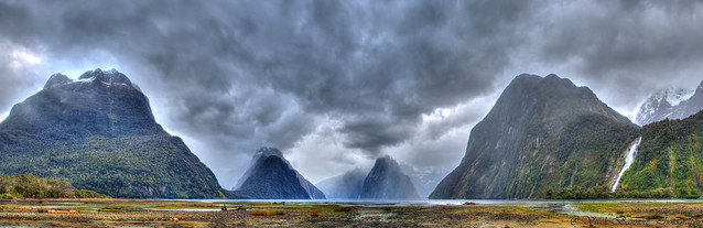 The Gorgeous Milford Sound (aka PioPiotahi) Fiord