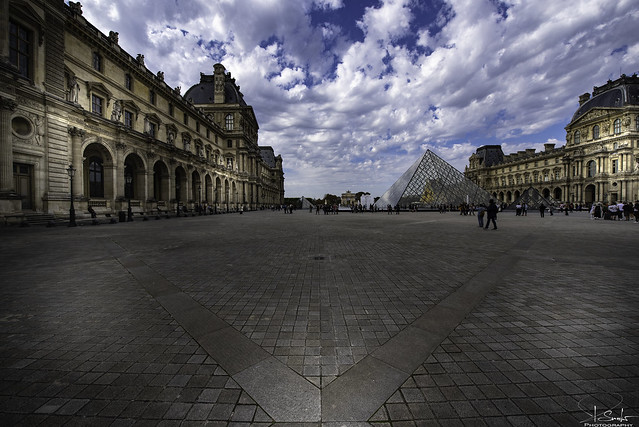 Musèe du Louvre - Paris - France