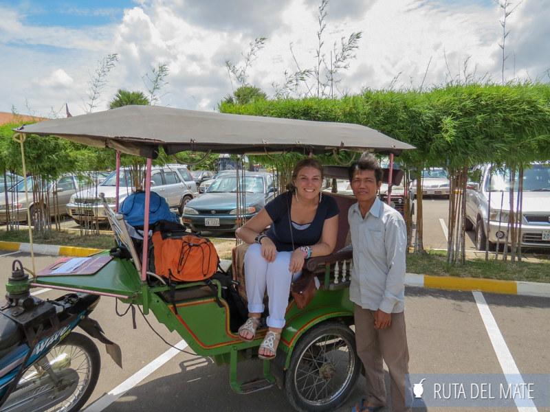 Tuk tuk del aeropuerto de Siem Reap a la ciudad