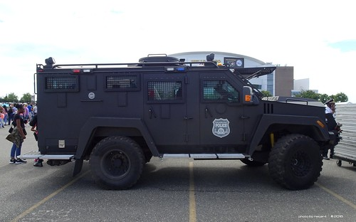 Flickr The Lenco Armored Vehicles No 30 60 Limit Pool