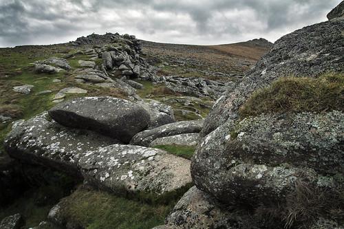 belstone tor dartmoor nationalpark landscape granite geology rocks boulders lichen moss grass barren moorland dreich overcast cloudy cold dark bleak devon canon eos50d tamron 1750mm hills outcrops clouds stone uk outdoors hiking outandabout