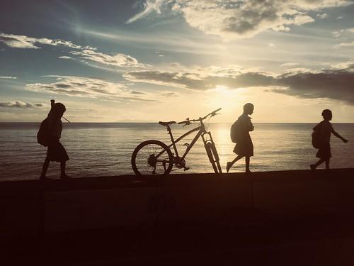 biking sunrise bongabong children filipinochildren silhouette bike philippinetourism