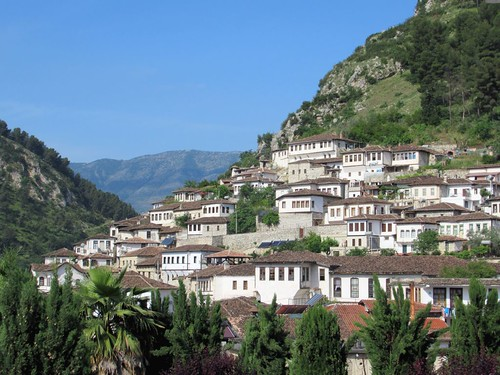 cityofathousandwindows berat albania