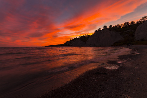 sunset scarboroughbluffs beautiful beach canada canoncanada explore exposure water red park toronto flickr clouds cloudscape canon samyang waves landscape lake light shadow art