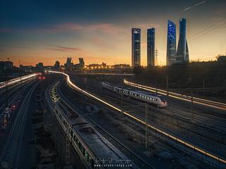 Chamartin-train-rails | by rafaberlanga