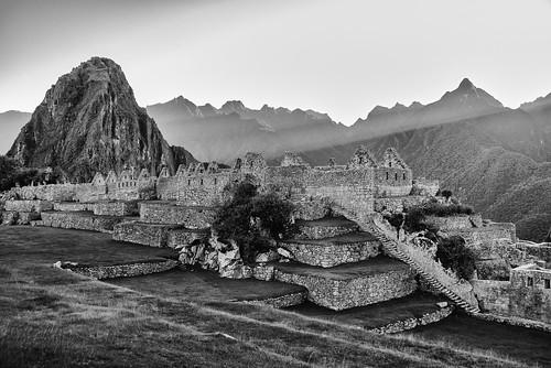 macchupicchu peru bw landscaape mountains ruins blackandwhite inka sunrise rocks