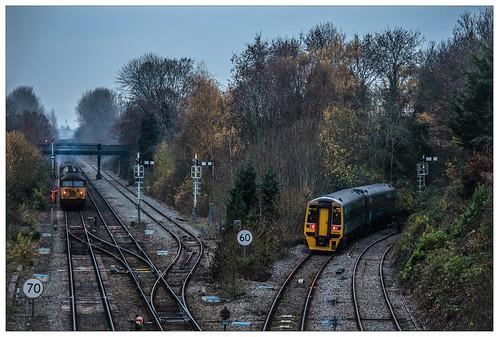 158824 class158 thecambrianline themarchesline 56087 56094 class56 type5 railheadtreatmenttrain rhtt railway freight train shrewsbury suttonbridgejunction colehamdepot