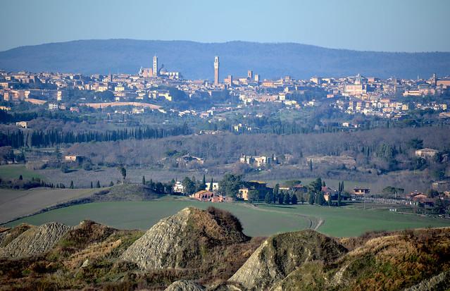 Siena con i Mammelloni di Leonina