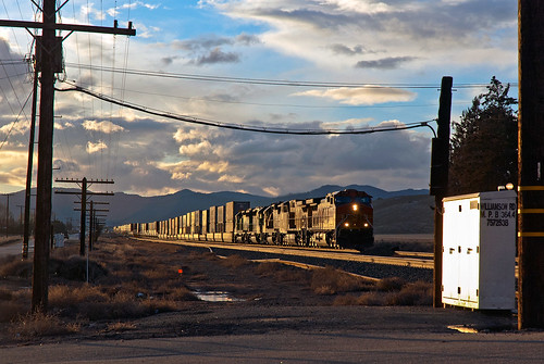 upmojavesubdivision bnsf ge c449w monolithca sunset train railfan railroad