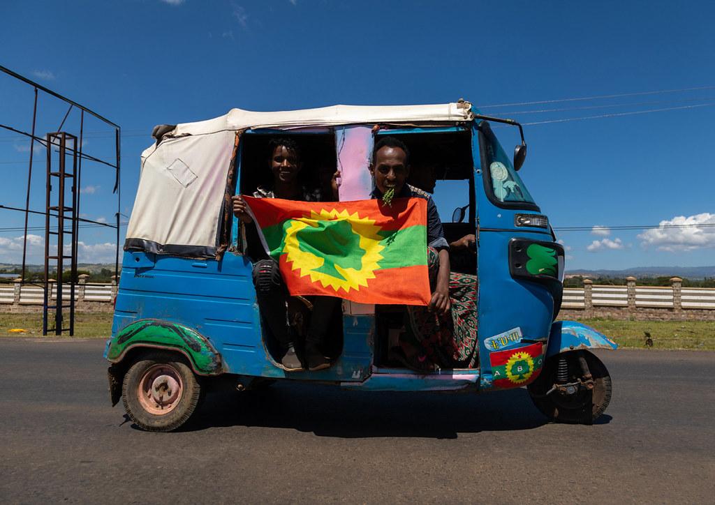 Tuk tuk with a oromo liberation front party flag, Oromia