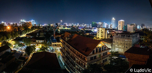 phnompenh cambodge cambodia capital citytrip cityscape city night nightcity landscape panorama panoramique panoramic asia asian asie travel trip novembre november 2018 lцdоіс voyage kamboscha south east
