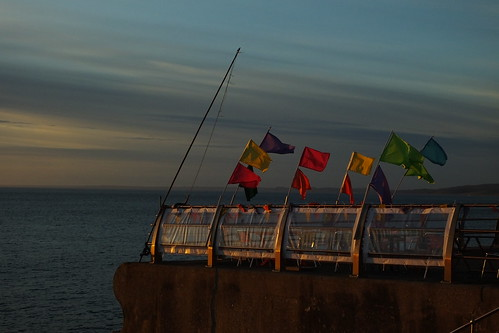 portland dorset chiswell chesilbeach beach sea lymebay flags sunset fence hff