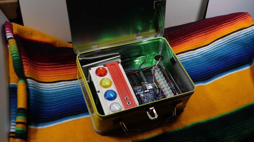Arduino Drum Machine | Arduino Uno with game buttons as a dr