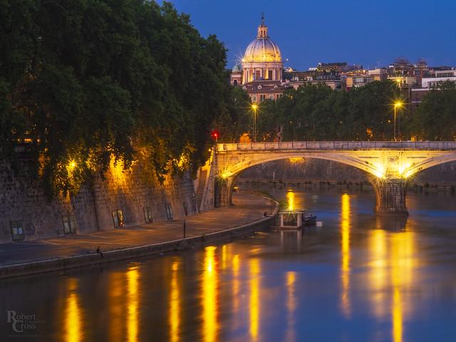 Fifteen Seconds Along the Tiber