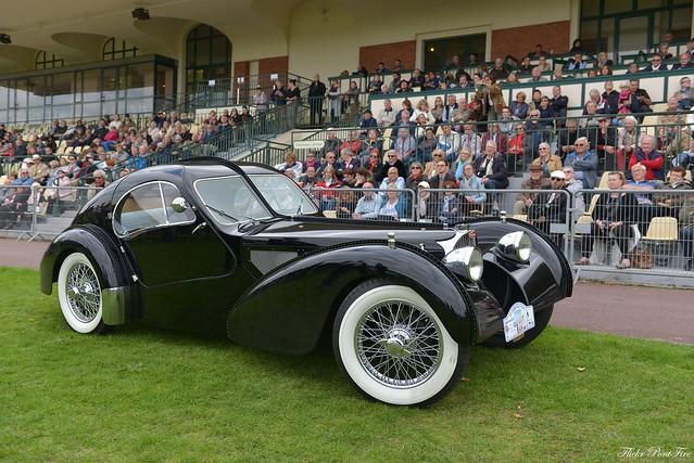 Bugatti Atlantic du film Overdrive